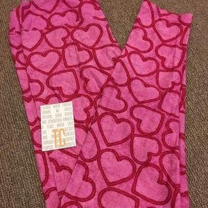 Lularoe Leggings vintage TC Valentine's hearts